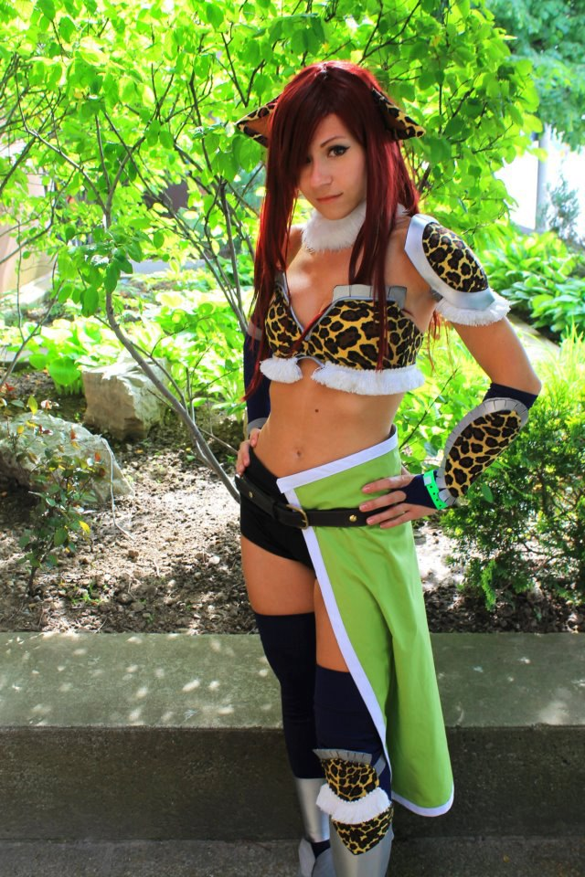 Эрза скарлет в леопардовой броне Erza Scarlet from Fairy Tail Cosplayer Aelynn